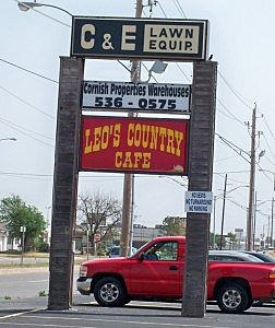 Leo's Country Cafe