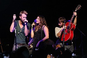 Own The Night: Unplugged With Lady Antebellum