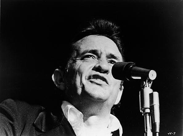 Johnny Cash Singing