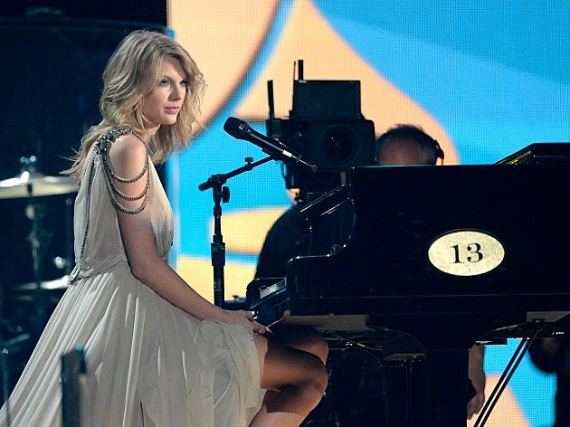 Taylor Swift at Grammy Awards Show
