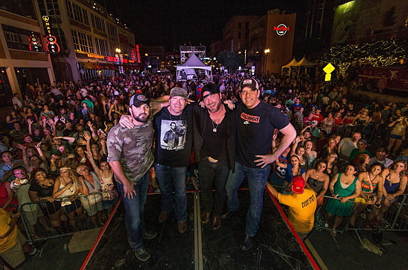 Jerrod Niemann, Randy Houser, Tyler Farr & Lee Brice