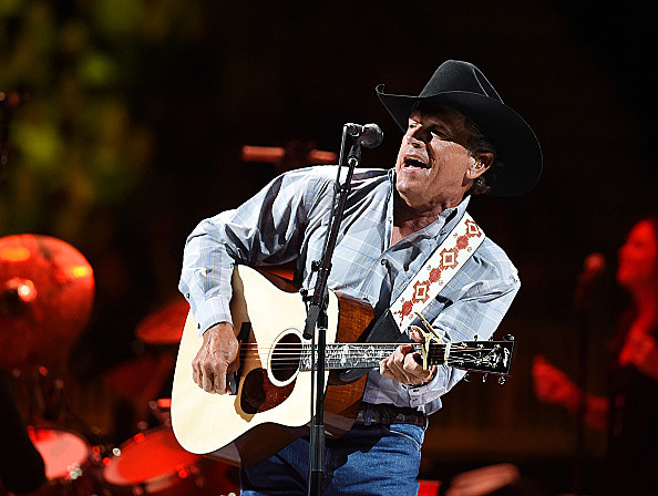 Strait To Vegas - George Strait With Kacey Musgraves In Concert - April 23, 2016